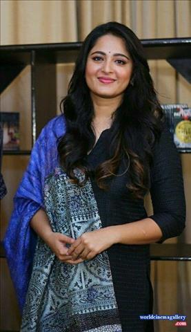 Anushka shetty stills in bhaagamathie movie thecheapjerseys Choice Image